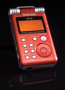 Tascam GTR1 Guitar and Bass Trainer